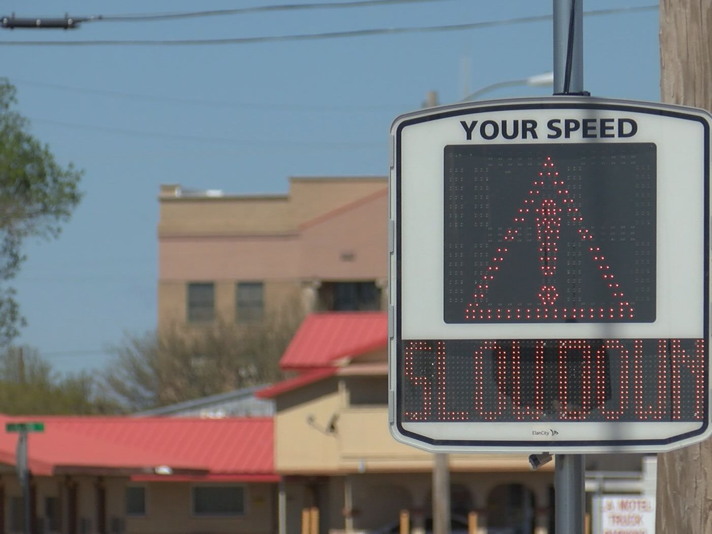New radar speed signs up on Highway 287 in Claude