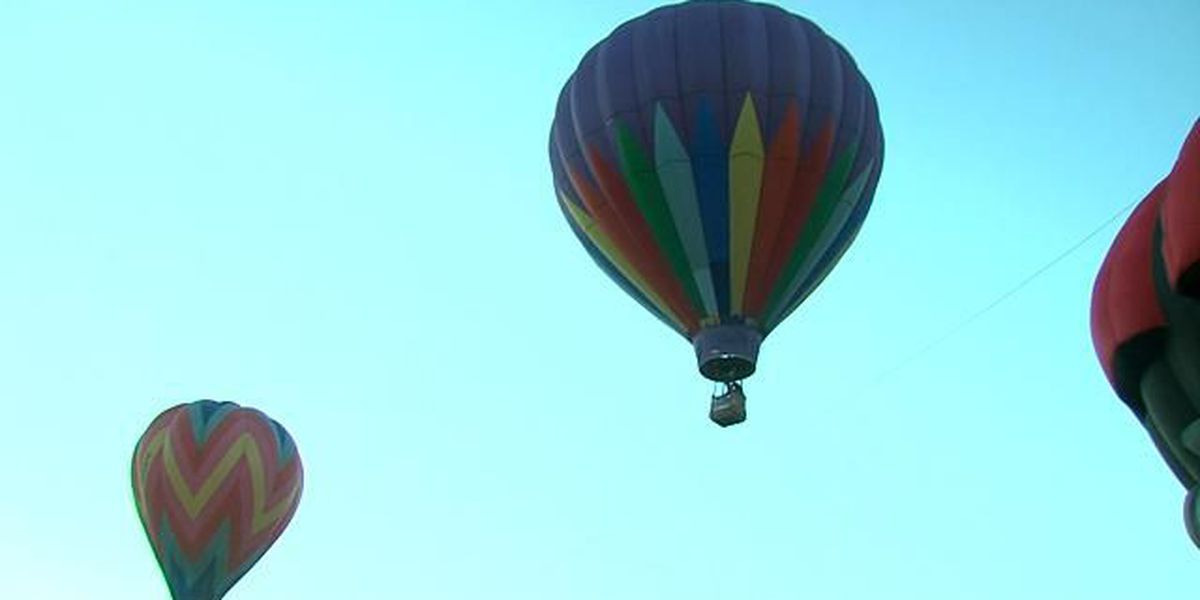 World's only paraplegic balloon pilot flies over Palo Duro