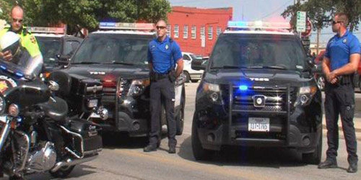 Law enforcement honors fallen officers