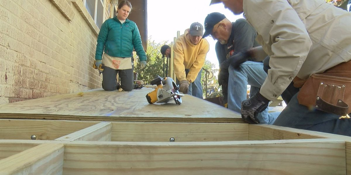 Texas Ramp Project volunteers surprise Amarillo man with wheelchair ramp