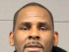 Judge gives R. Kelly chance to go free while awaiting trial