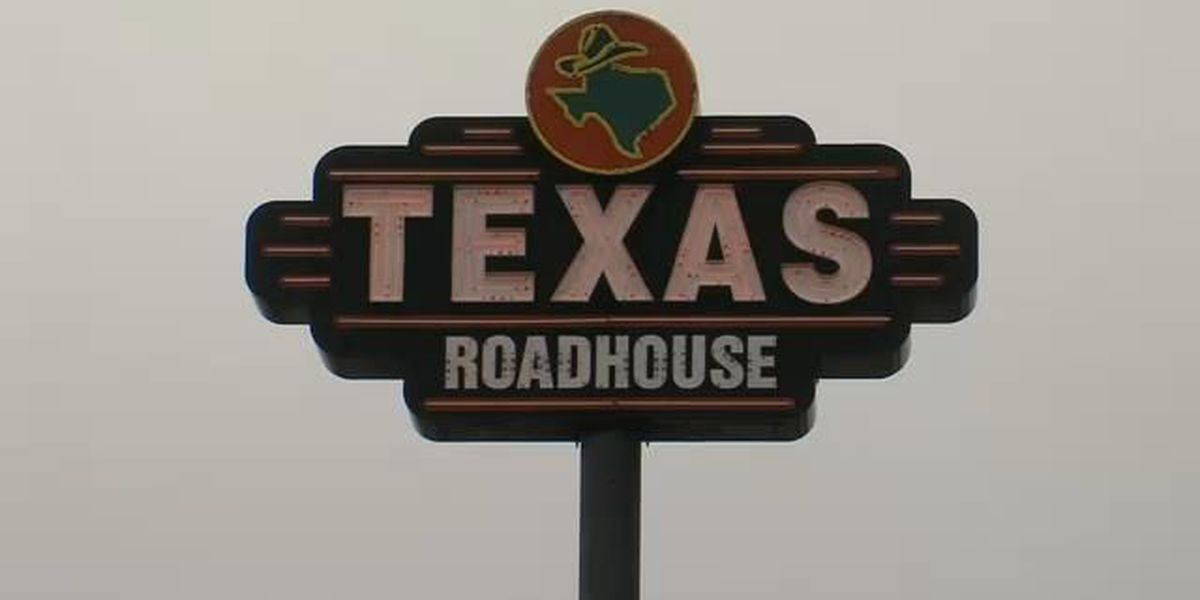 Texas Roadhouse helps tornado relief victims