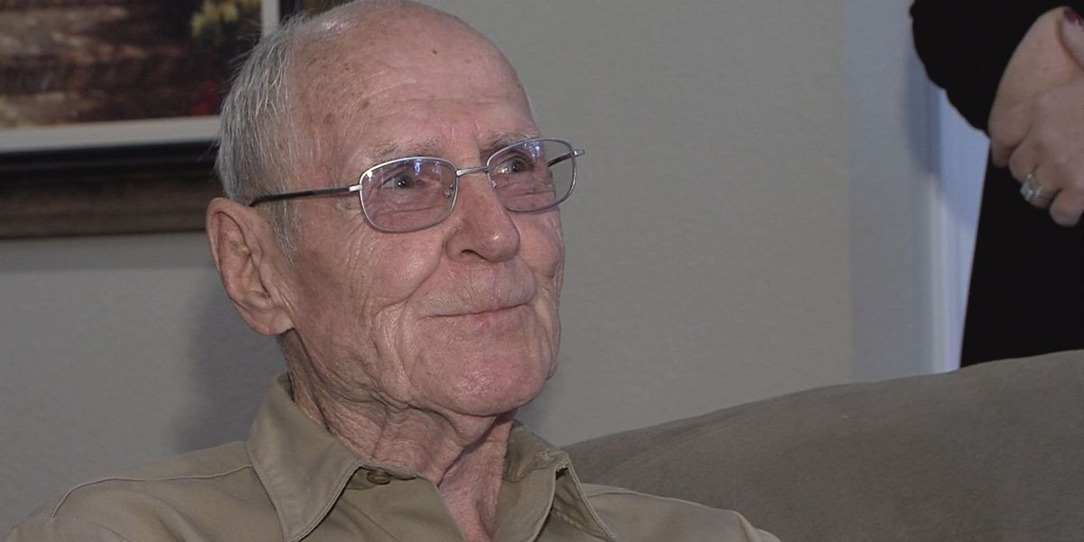83-year-old veteran receives remodeled home as birthday surprise, says it's 'God's plan'