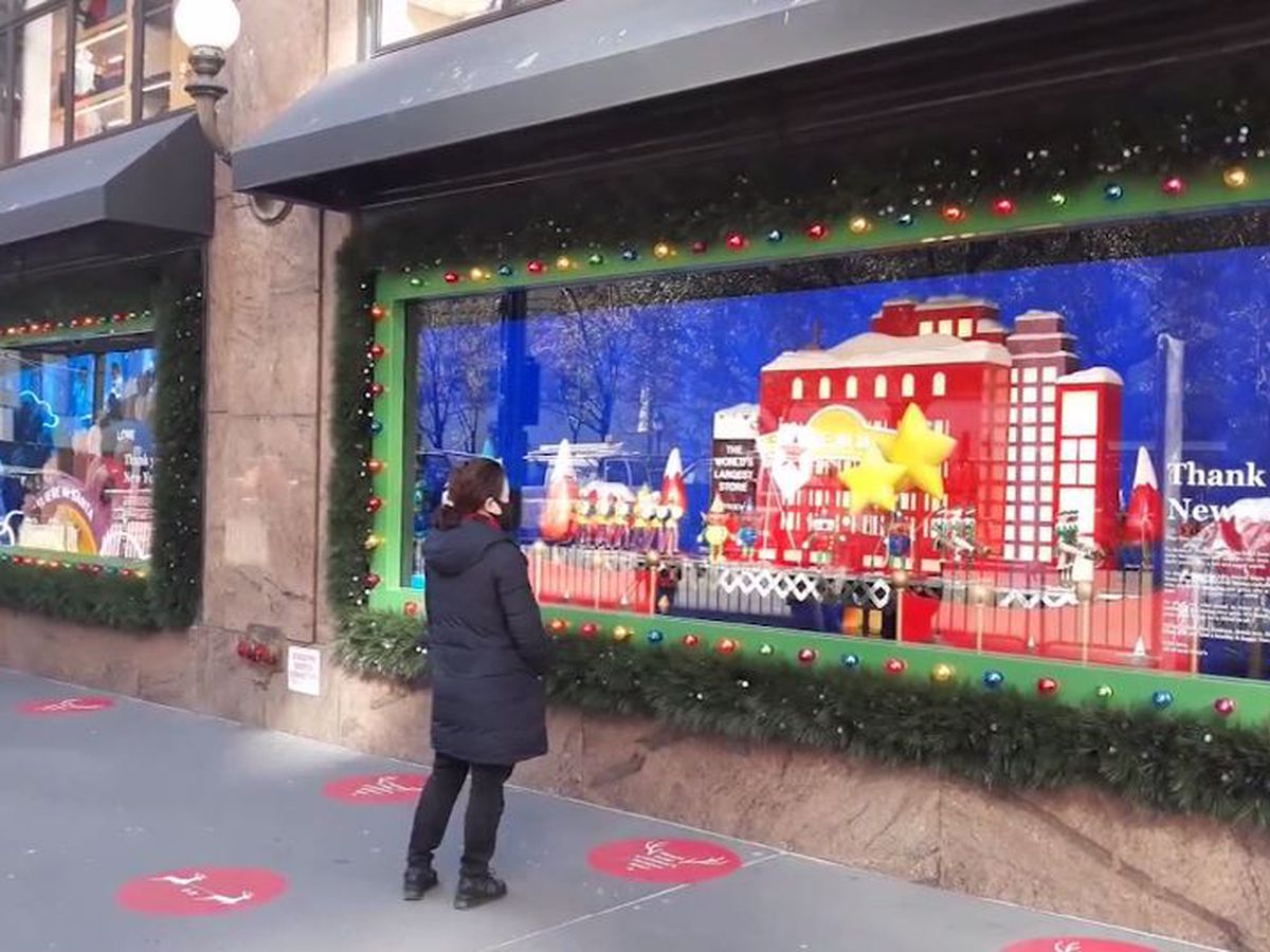 Macy's flagship store honors essential workers with holiday window displays
