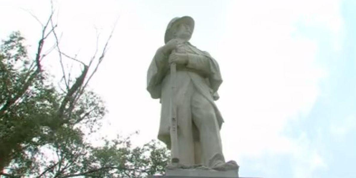 Amarillo residents debate over confederate monument