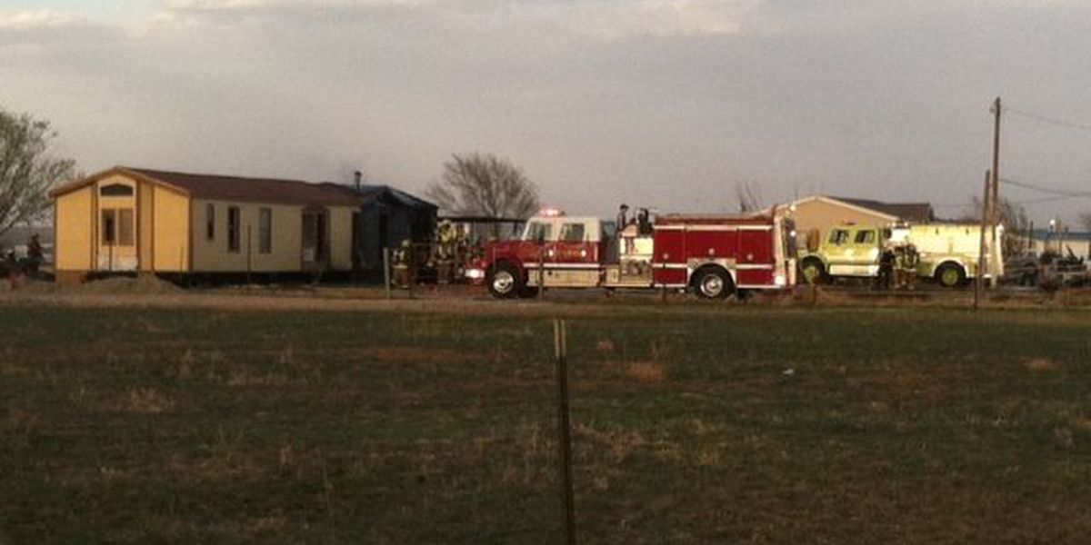 Charcoal grill fire catches Amarillo mobile home on fire