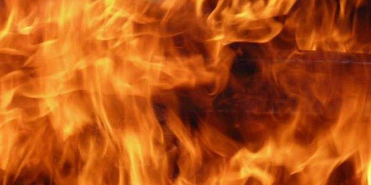 Radiant heat from fireplace cause of SW Amarillo house fire