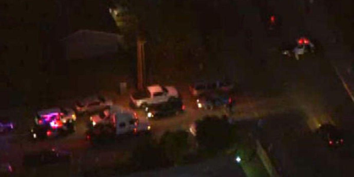 Muertos dos sospechosos de masacre en San Bernardino