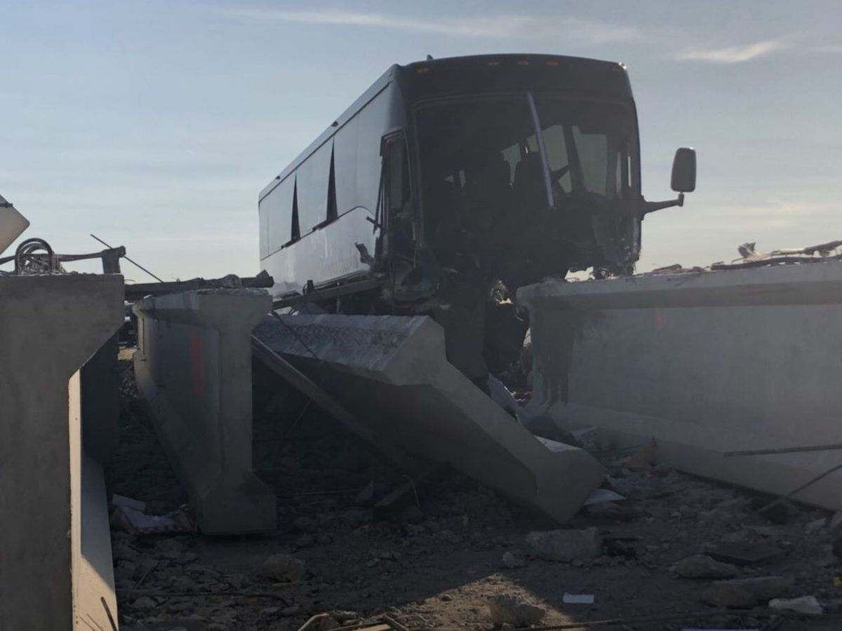 Personal injury lawsuit filed against charter bus company after fatal crash near Vega, Texas