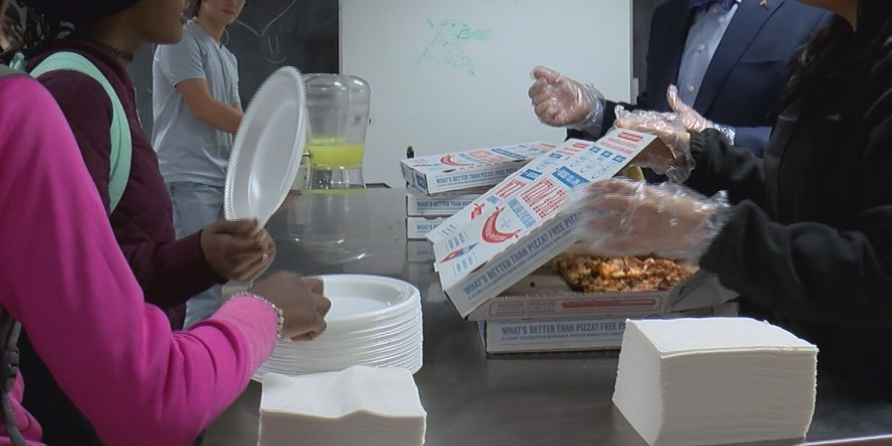 Amarillo College students have 'Pizza with the Presidents' to start off semester