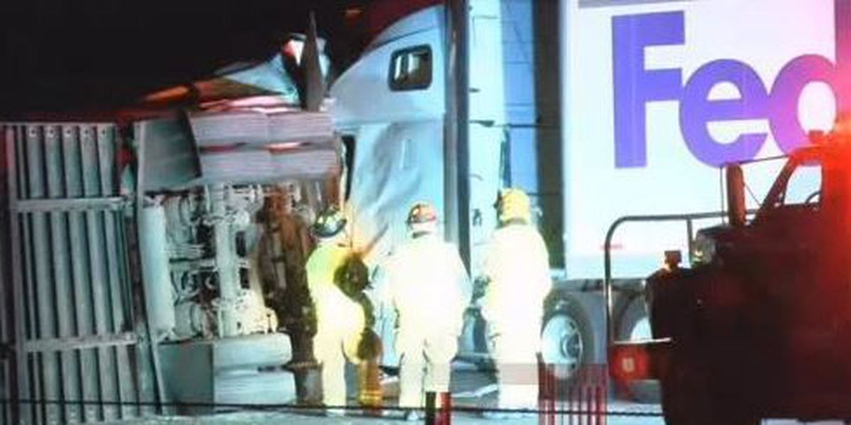 2 semi-trucks collide at I-40 and Hope Rd.