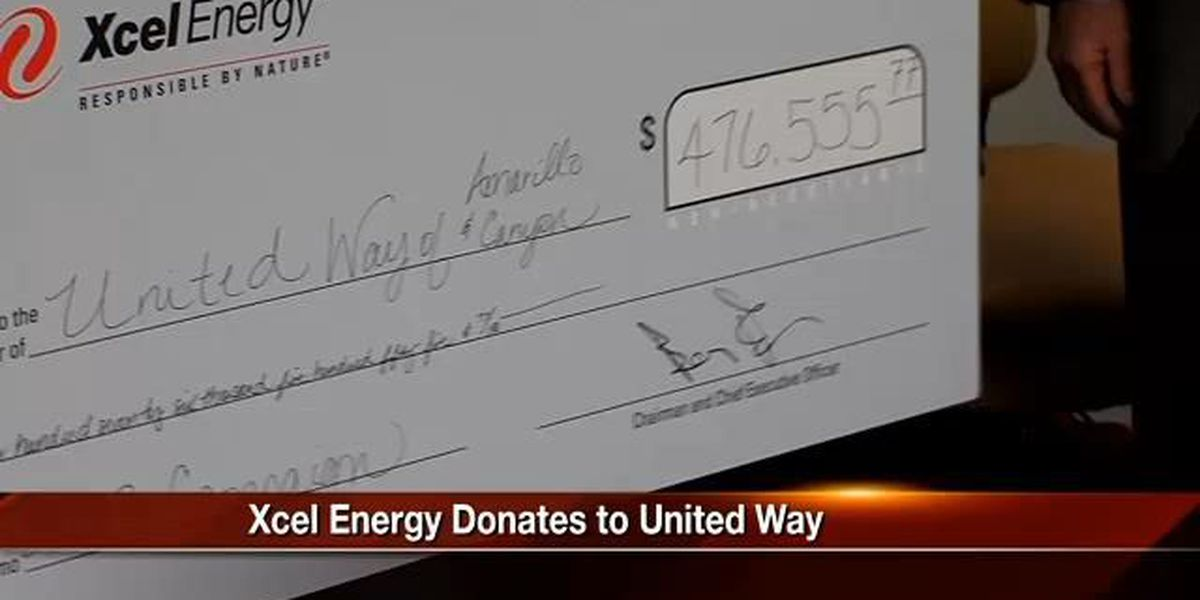 Xcel Energy Donates to United Way