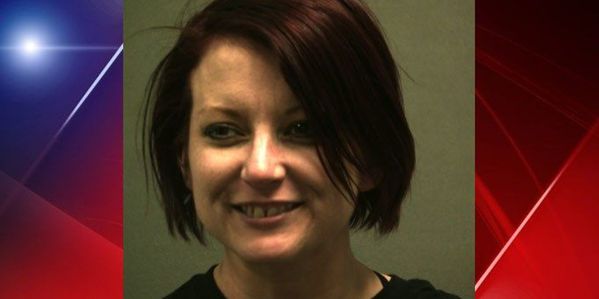 Woman arrested with stolen checks, IDs