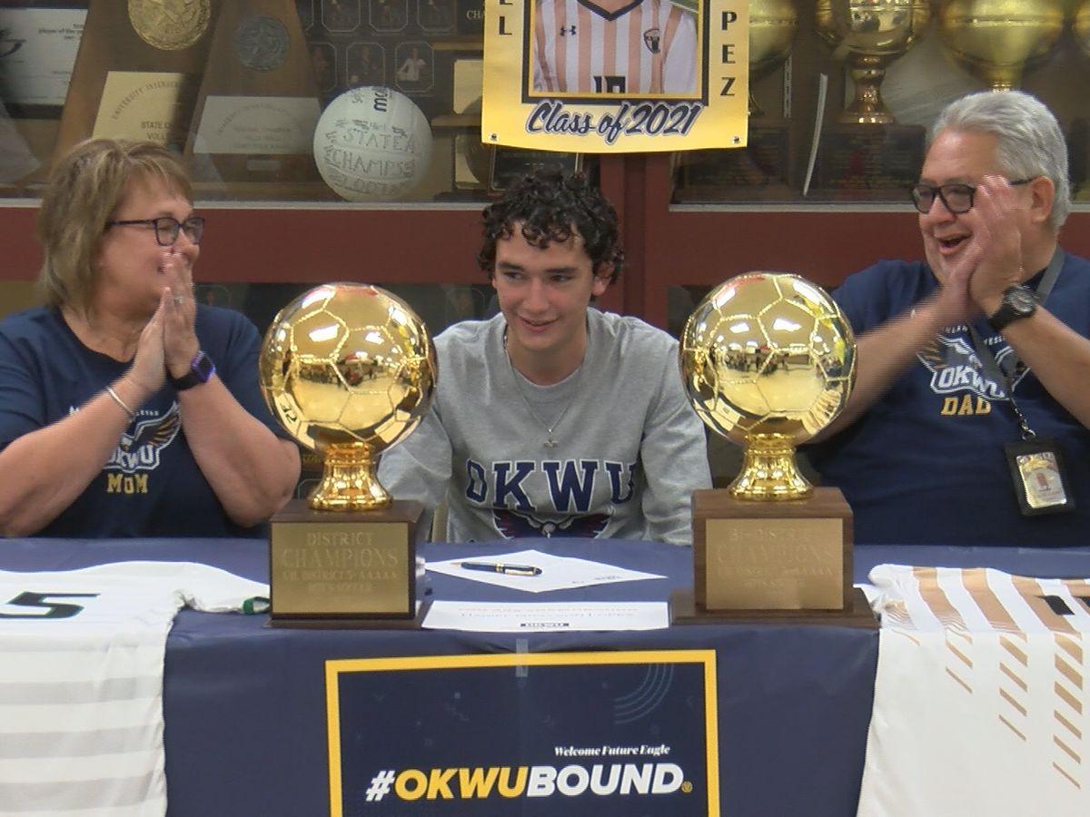 Amarillo High's Daniel Lopez signs NLI to play soccer at Oklahoma Wesleyan University