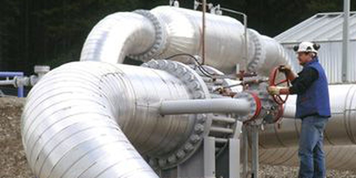 House backs bill to speed natural gas pipelines