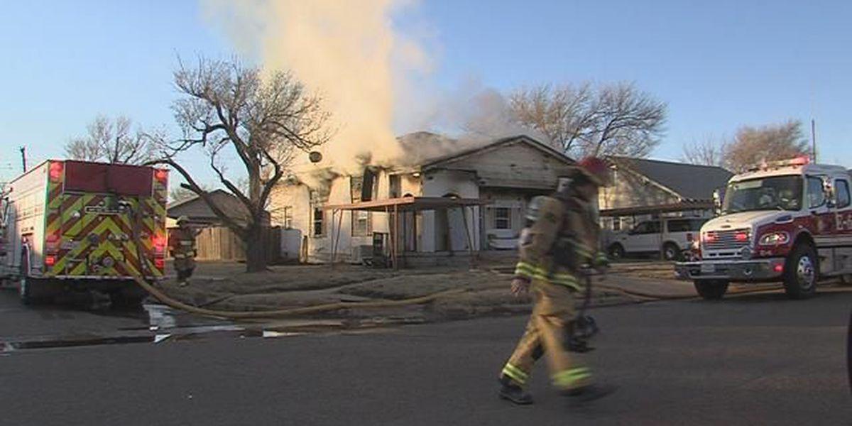 Crews extinguish house fire near downtown Amarillo