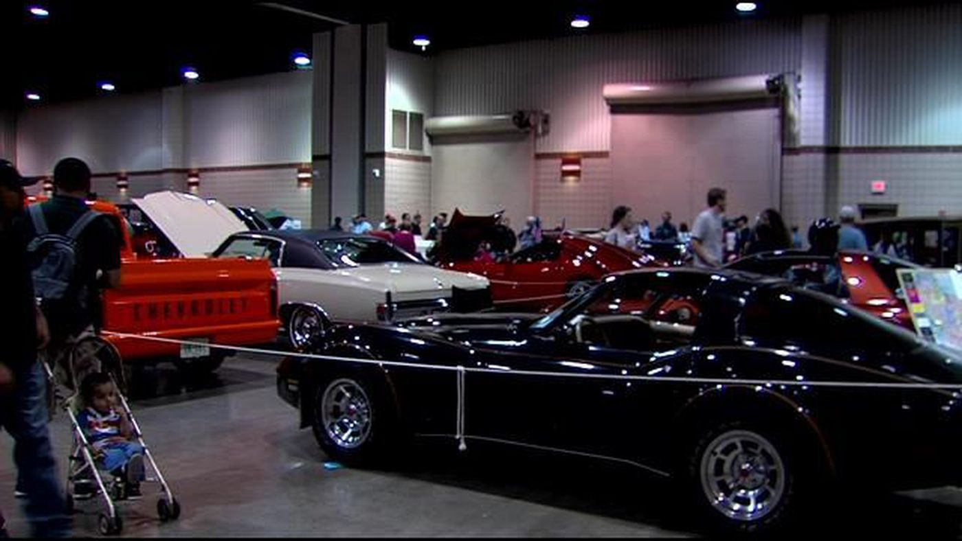 MakeAWish Car Show Celebrates Years - Civic center car show
