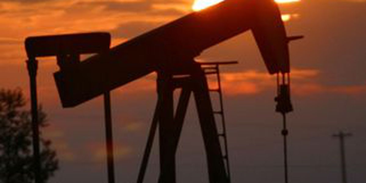 Booming oil towns prepare for inevitable bust