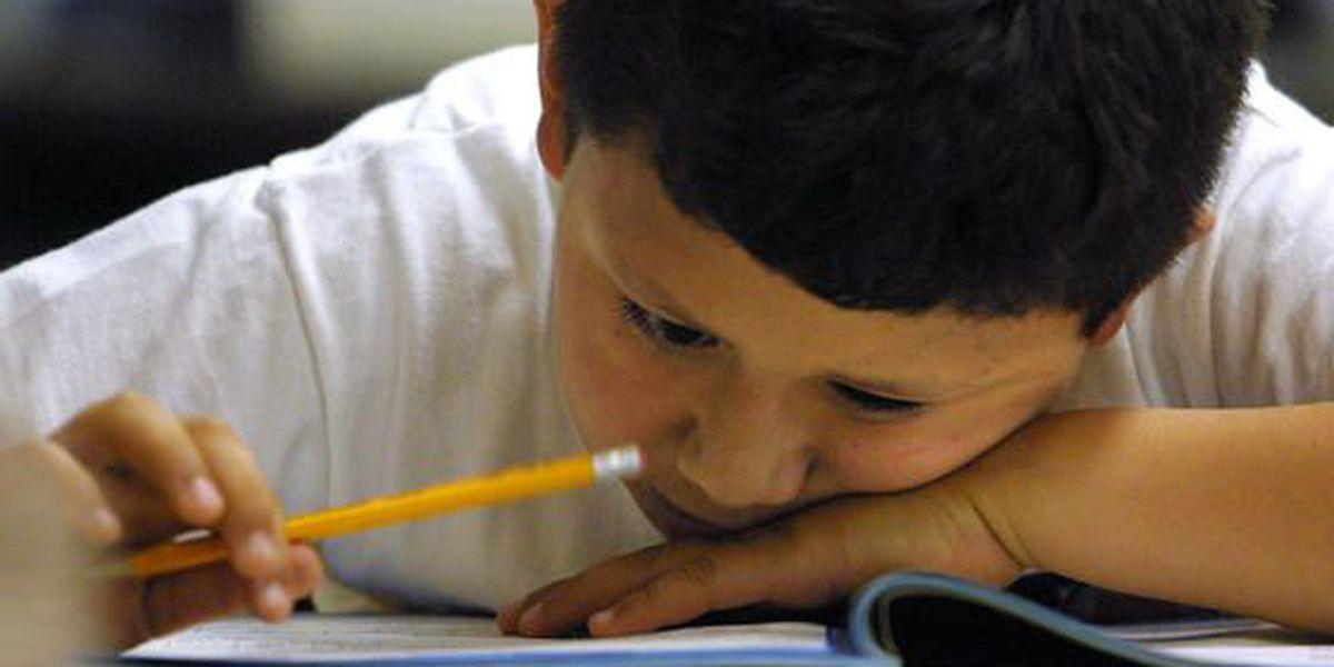 Obama propone reducir las pruebas escolares