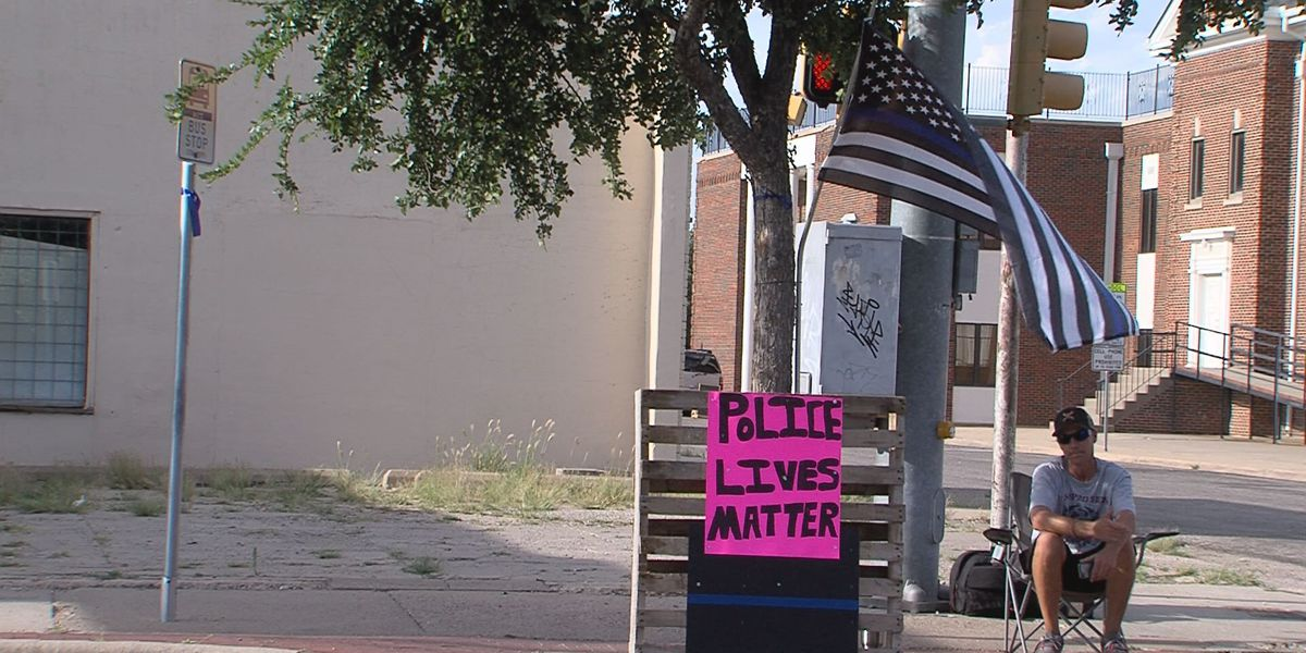 "Amarillo man advocates daily for ""police lives matter"""