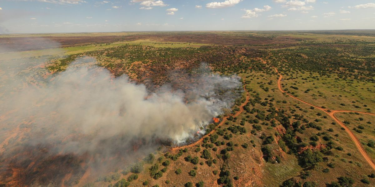 Fire crews continue to battle fires in Hardeman, Cottle counties