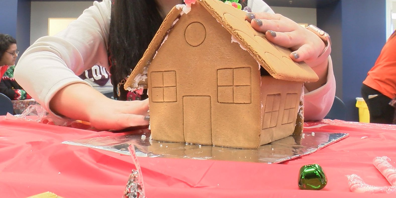 Midway Alternative High School hosts gingerbread competition