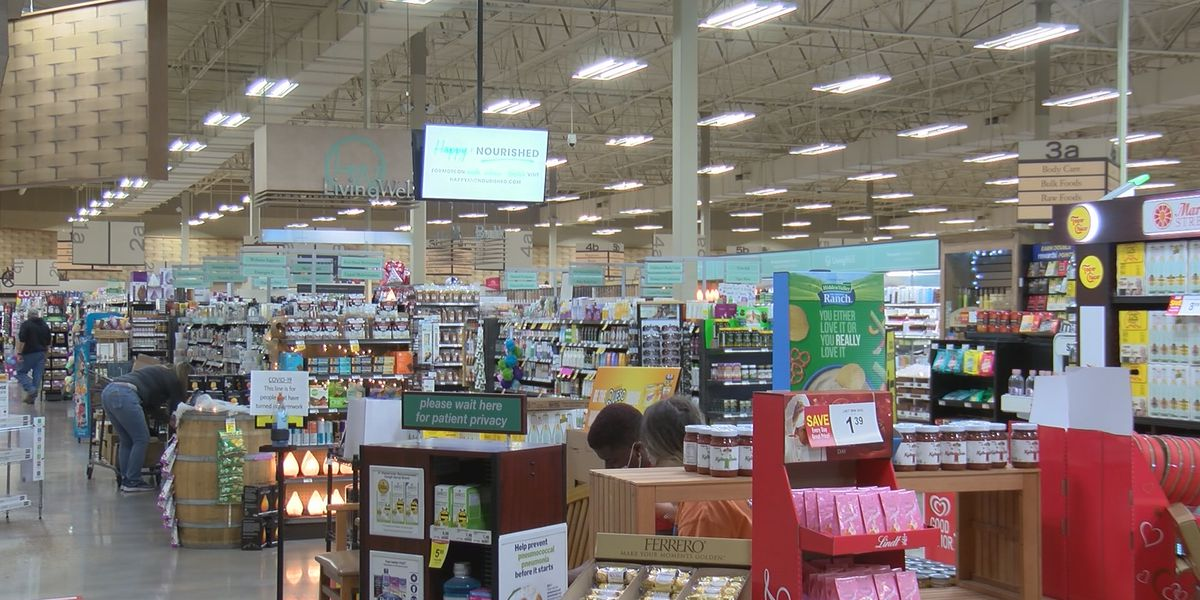 Amarillo businesses face decision whether or not to require masks