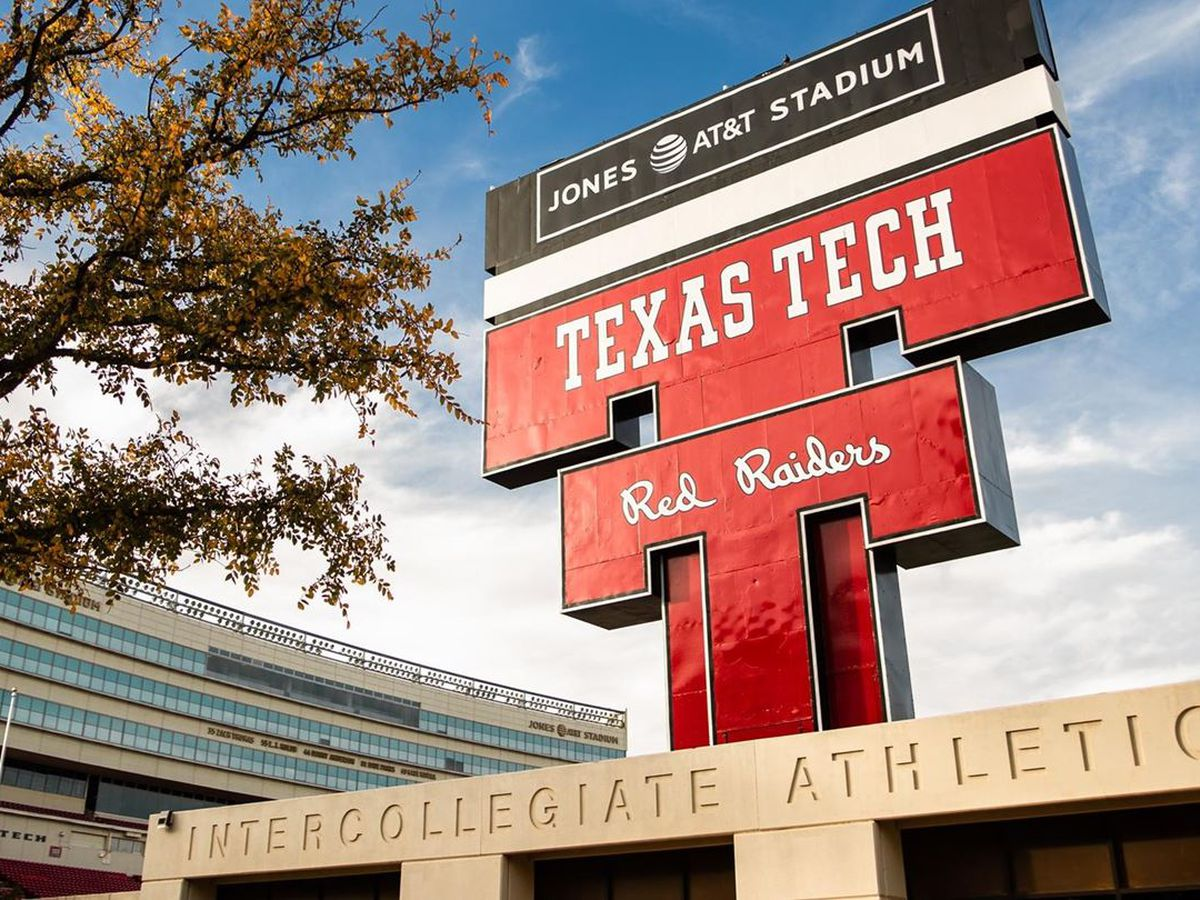 No. 8 Texas pulls out OT win over Red Raiders