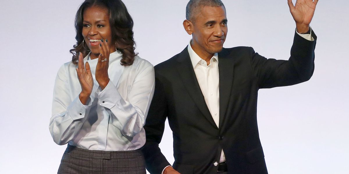 Obamas celebrate 28th anniversary by encouraging voting
