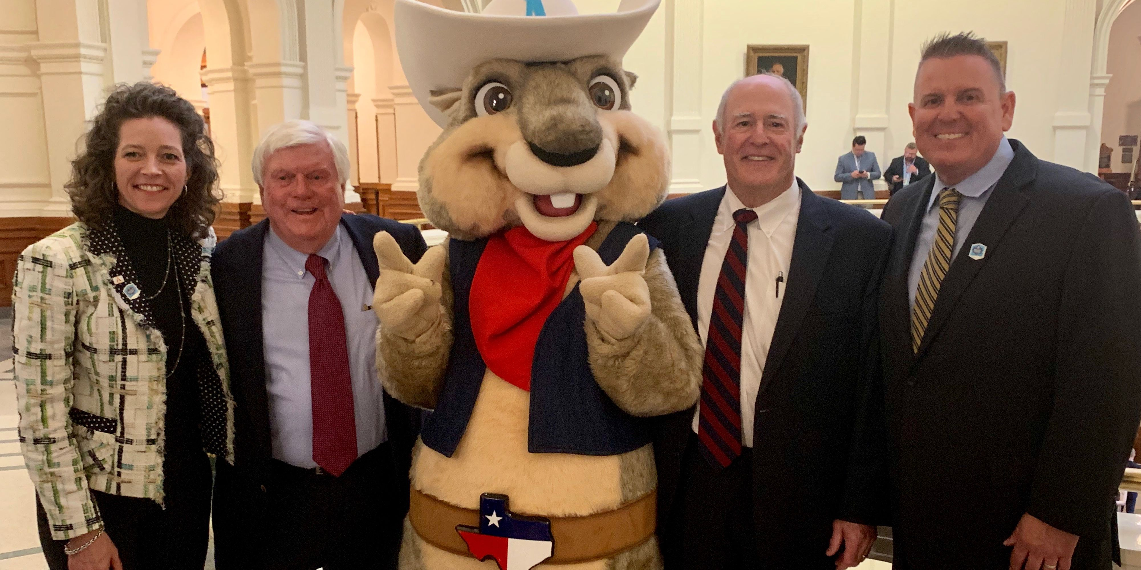 Texas legislators introduce resolution at state capitol to welcome Amarillo Sod Poodles