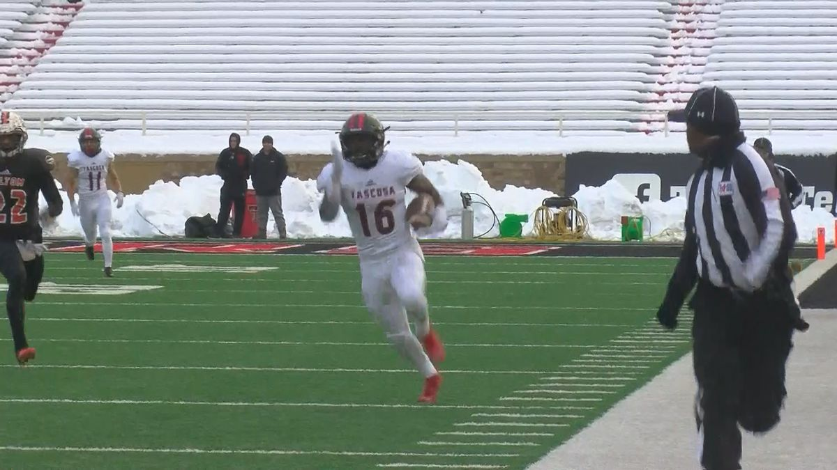 Tascosa Rebels defeat Haltom 48-27 to advance to State Semifinals