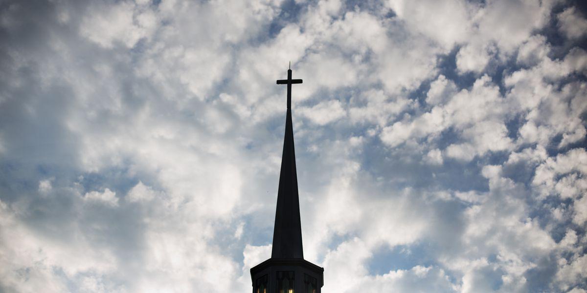 Struggling Minn. church asks older members to leave
