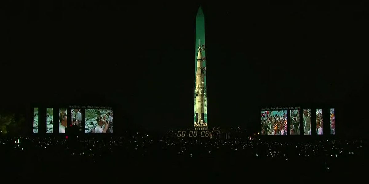Apollo 11 mission projected on Washington Monument