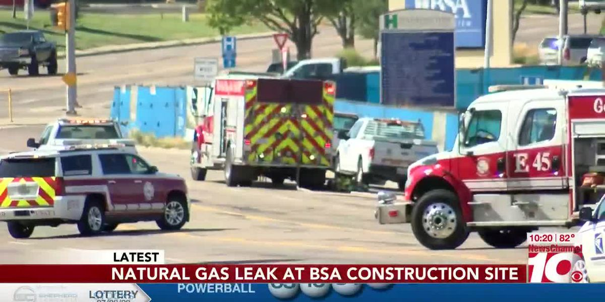 VIDEO: Natural gas leak at BSA construction site shuts down traffic on South Coulter
