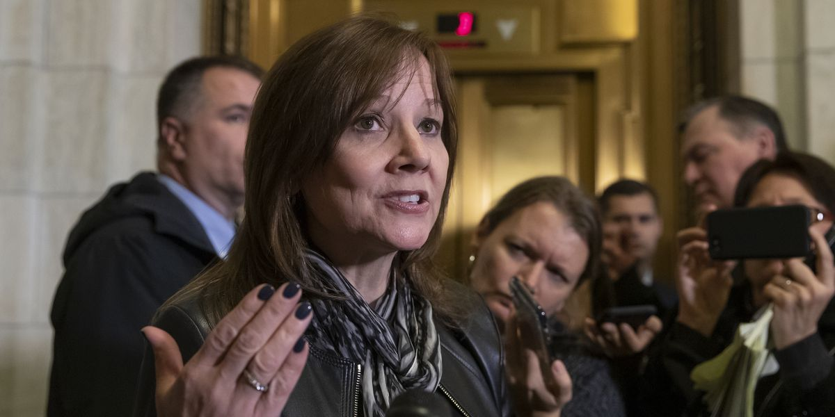GM fights government to retain tax credit for electric cars