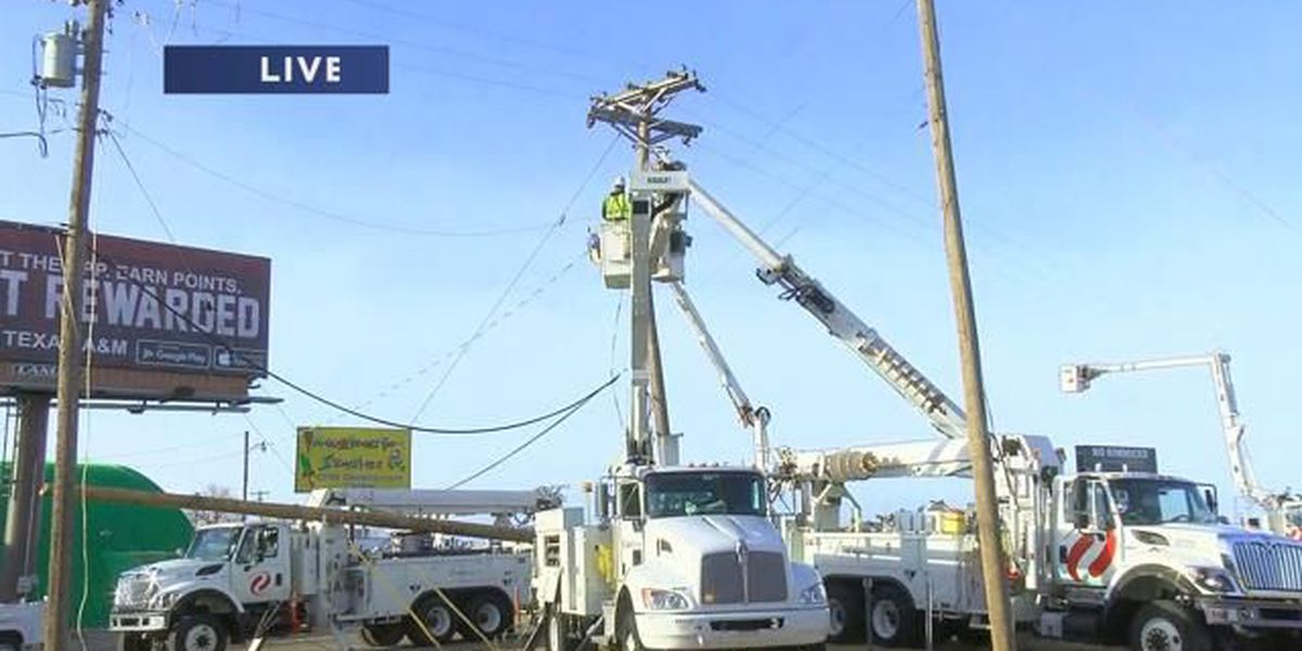 Power restored to all but 10 following traffic wreck