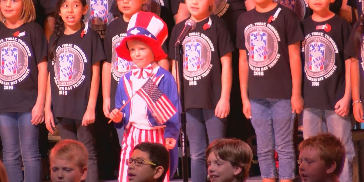 Pampa students honor veterans