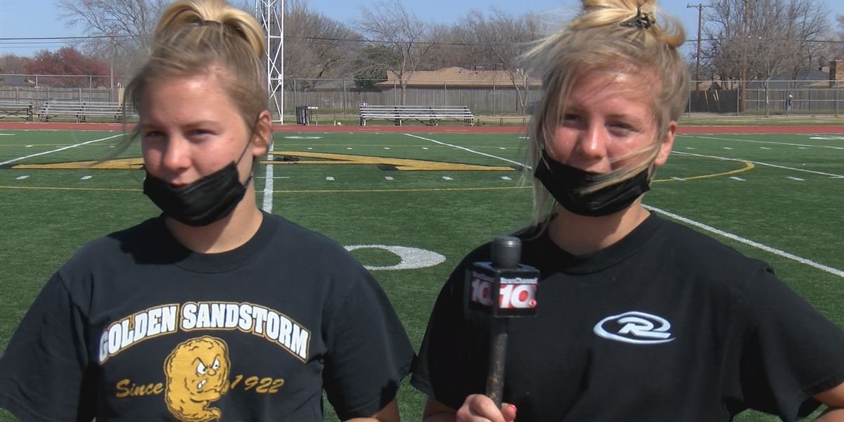 Lady Sandies' unique roster, featuring twin sisters, strengthens bond going into playoffs