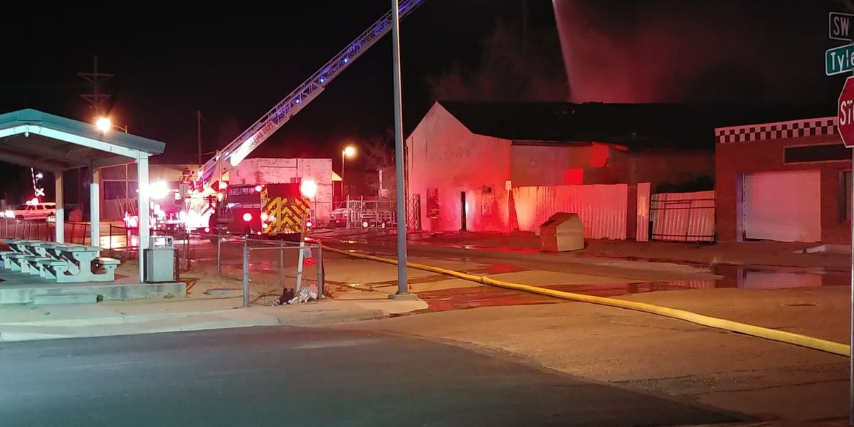 Saturday night fire burns structure in downtown Amarillo