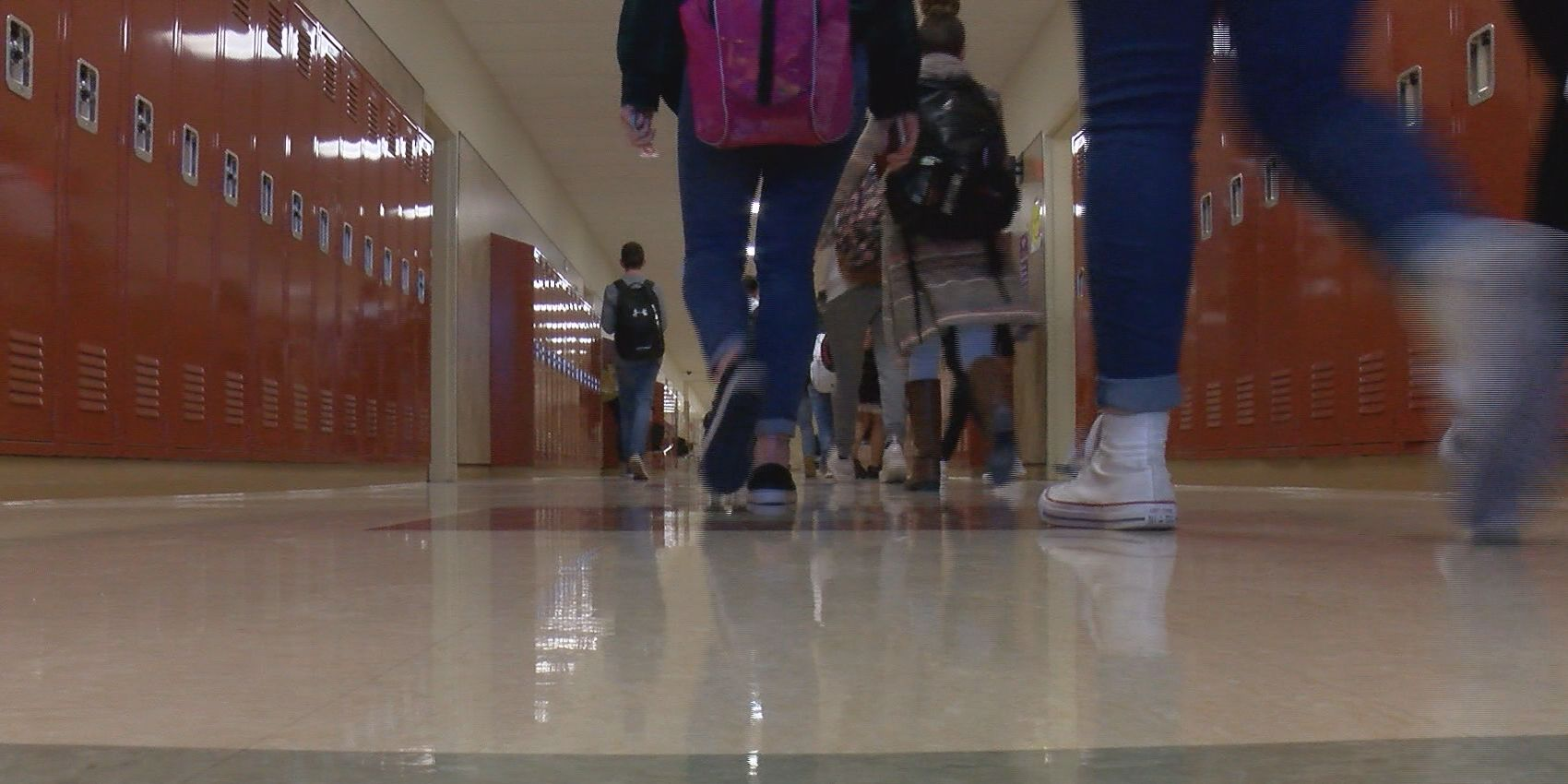 Dalhart High School disconnects cell phones to reconnect with peers
