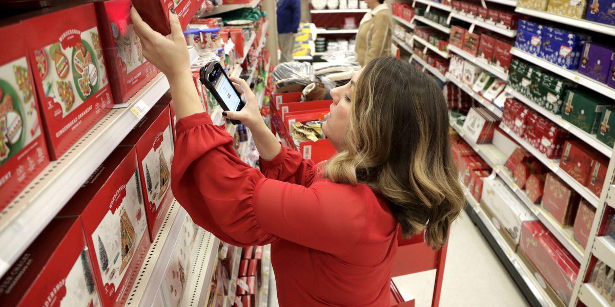 Target misses on profit, shares slide