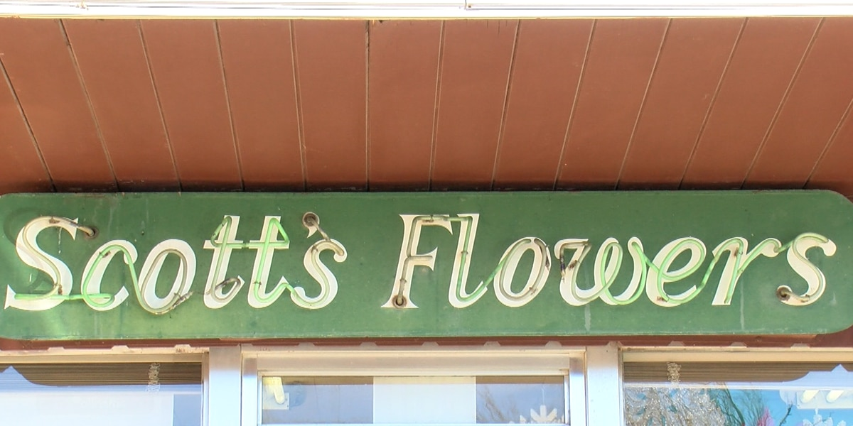 Amarillo flower store Scott's Flowers burglarized 4 times within a month, precautions are made