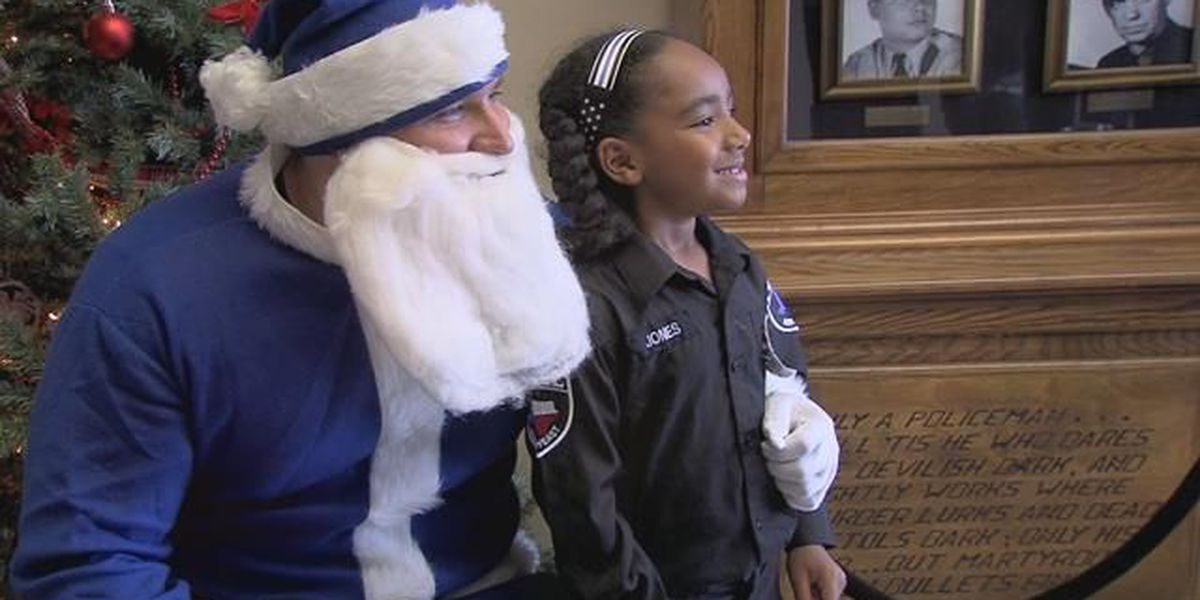Blue Santa Project gives Christmas gifts to families in need