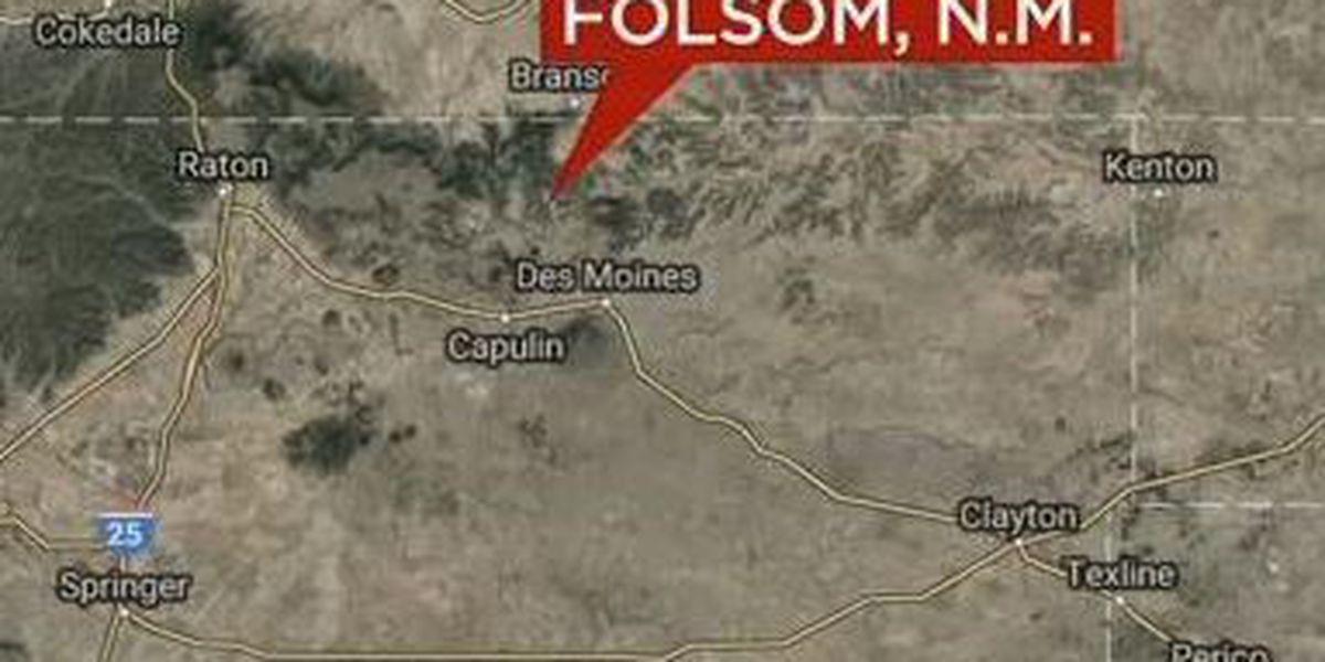 NM Emery Gap fire spreads into Colorado