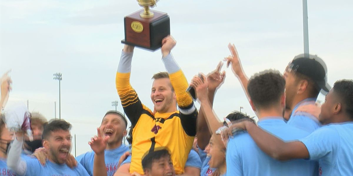 Alexander Vencel's game-winning save secures the Buffs LSC Tournament title