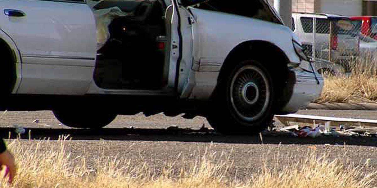 Driver runs stop sign, causes crash on Amarillo Blvd
