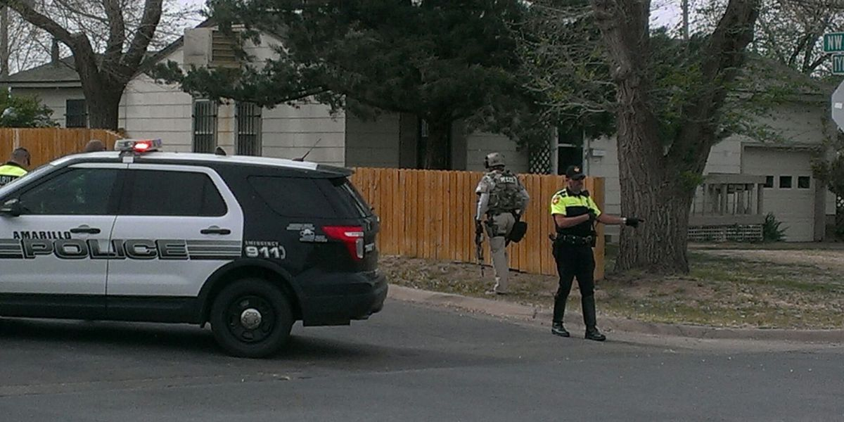 Police search for suspect in standoff