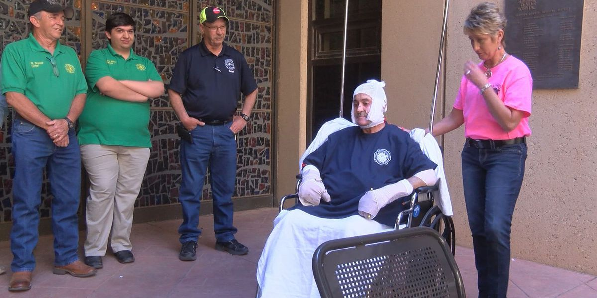 Borger fire chief receives award while recovering in Lubbock Burn Unit
