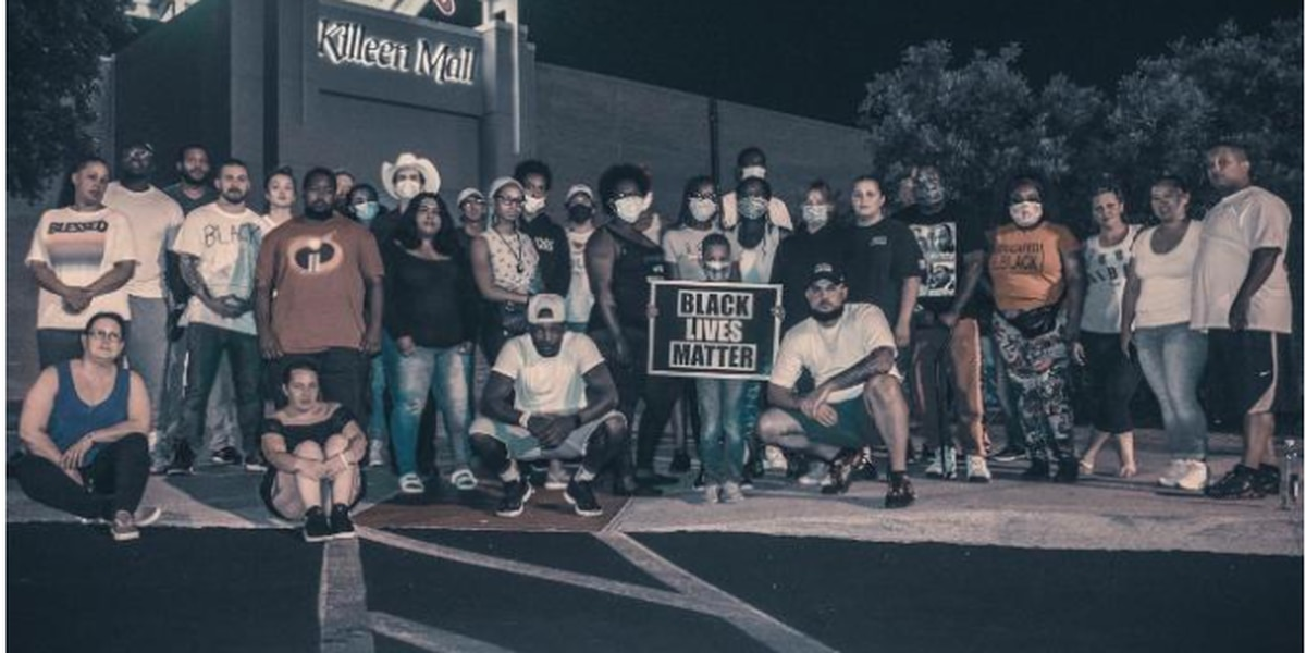 Residents gather to protect Texas mall amid social media riot threats