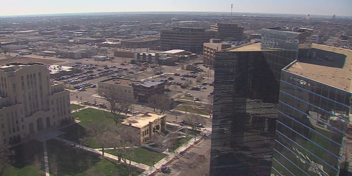 Amarillo banks step up to help federal workers impacted by government shutdown